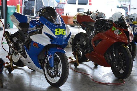 1062024618_Bikes1.thumb.jpg.b7f5b18a1e0883b40a1b03a6dfae132e.jpg